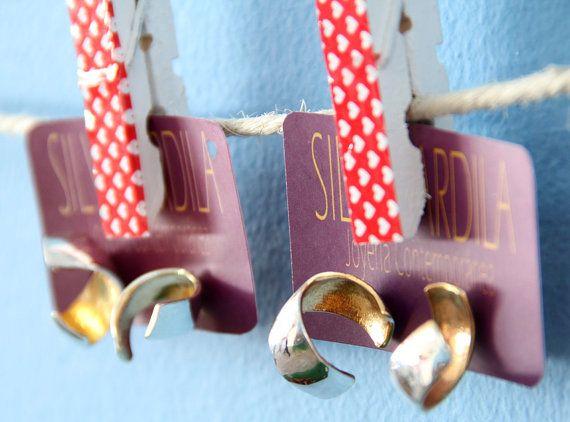 BOG03 Aretes en plata ley 950 y baño de oro interno on Etsy, $34.30 Inspirados en la arquitectura Art Deco bogotana y el Festival Jazz al parque de Bogotá. Inspired by Bogotá's Art Deco architecture & Jazz al parque Festival. www.silviaardila.co