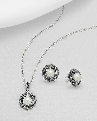 Set din argint model floare: cercei si pandantiv cu perle de cultura si marcasite 15-1-i53267 | SilverZone.ro