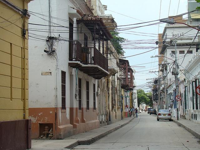 DIY wiring in Santa Marta, Colombia