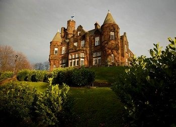 19 best images about castle and chateau hotels on for Stay in a haunted castle in scotland