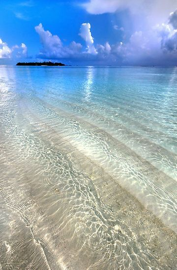 Crystal Water of the Ocean, Maldives by JennyRainbow
