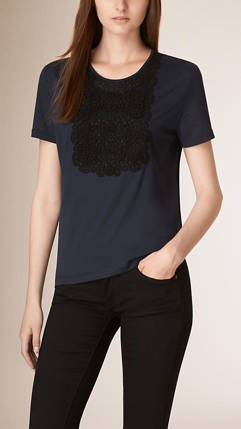 Marine T-shirt en coton mélangé avec plastron en dentelle - Image 1