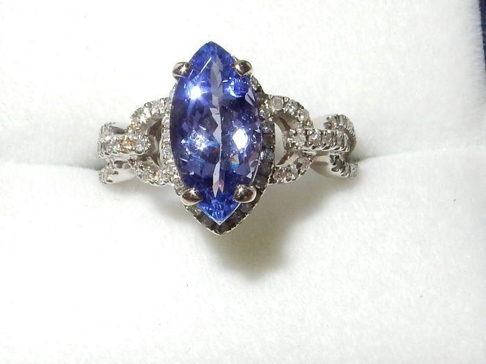 Catawiki Online-Auktionshaus: Weißgold-Ring mit Tansanit und Diamant, 1,85 ct