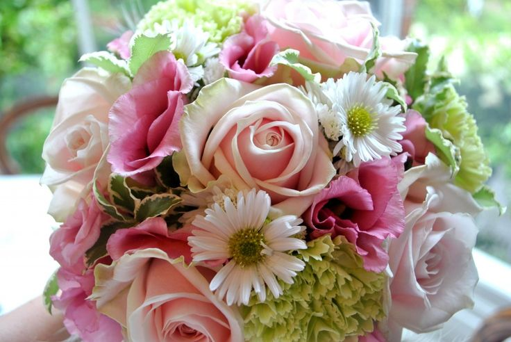 pink, ivory and green bouquet
