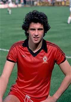 Tony Gale Fulham 1979