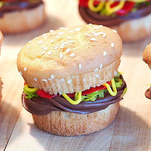 Hamburger cupcakes - american food recipes ideeas - http://masterforks.com/hamburger-cupcakes-american-food-recipes-ideeas/