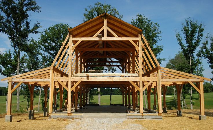 De 25 b sta id erna om timber frames bara p pinterest for Barn frame homes