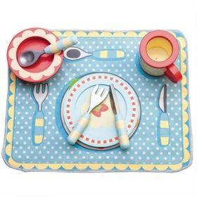 Le Toy Van Dinner Set