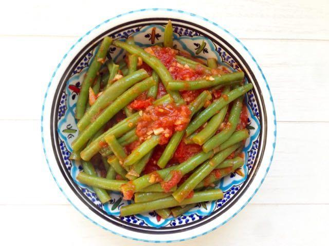 Als je eenmaal sperziebonen met tomaat hebt gegeten, wil je nooit meer anders. Dit zijn verreweg de lekkerste sperziebonen die onze keuken hebben verlaten!