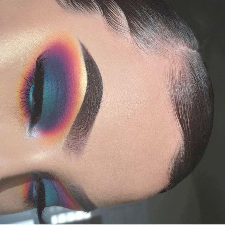 Makeup Adventskalender obwohl Makeup Revolution Supersize Concealer jedes Make-up …   – Colorful Eye Makeup