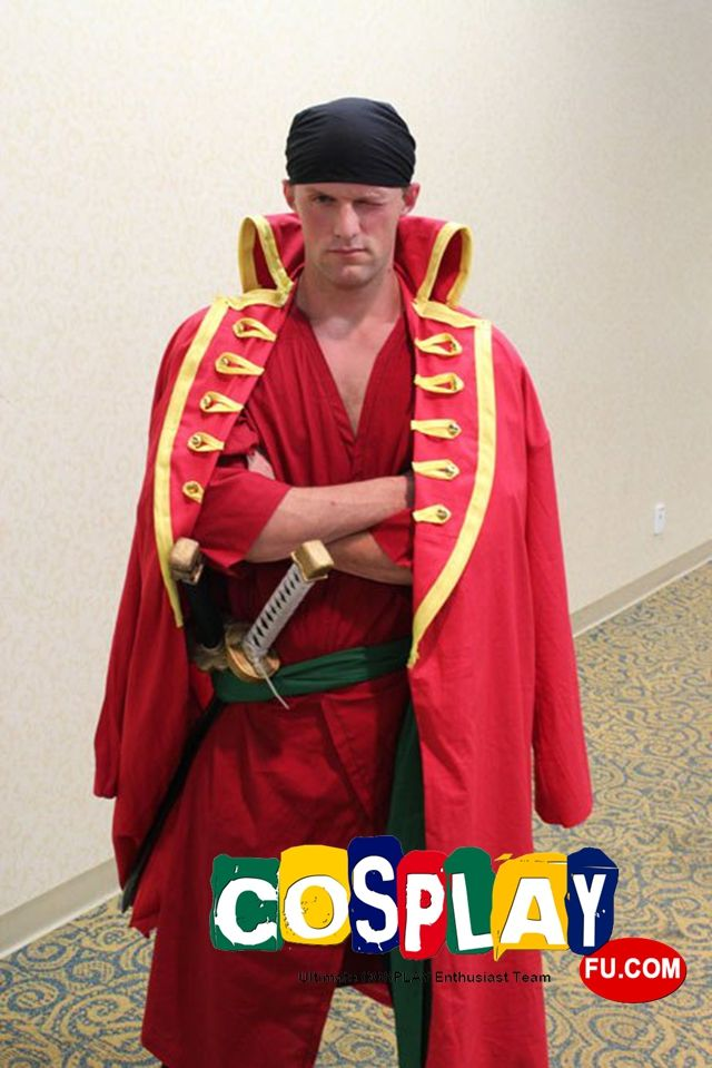 Roronoa Zoro Cosplay from One Piece in MechaCon 2014 US