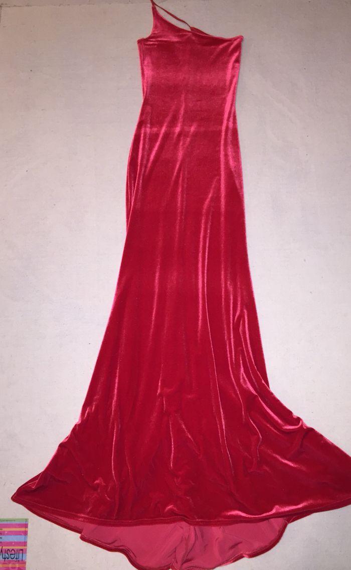 Wonder Gown