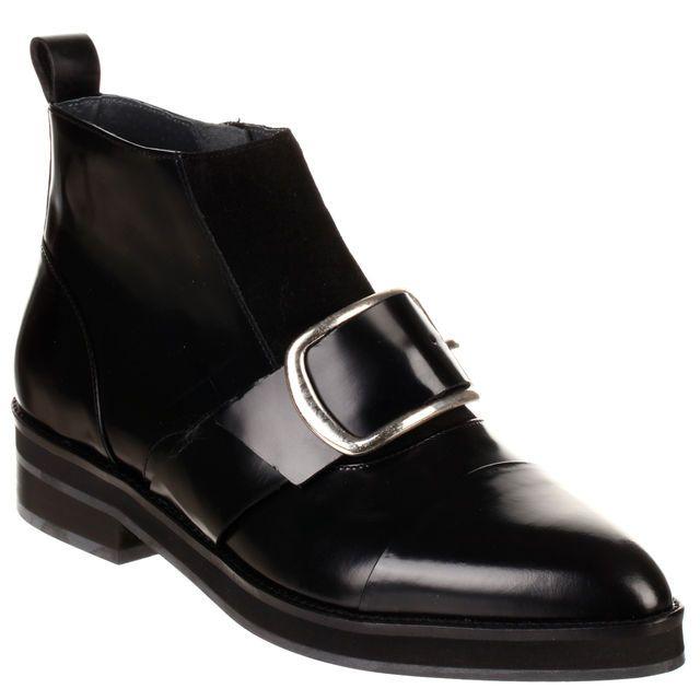 Bottines plates en cuir avec boucle, cliquez sur l'image pour shopper #bazarchic #shoes #chaussures #boots #cuir #leather #fahsion #mode