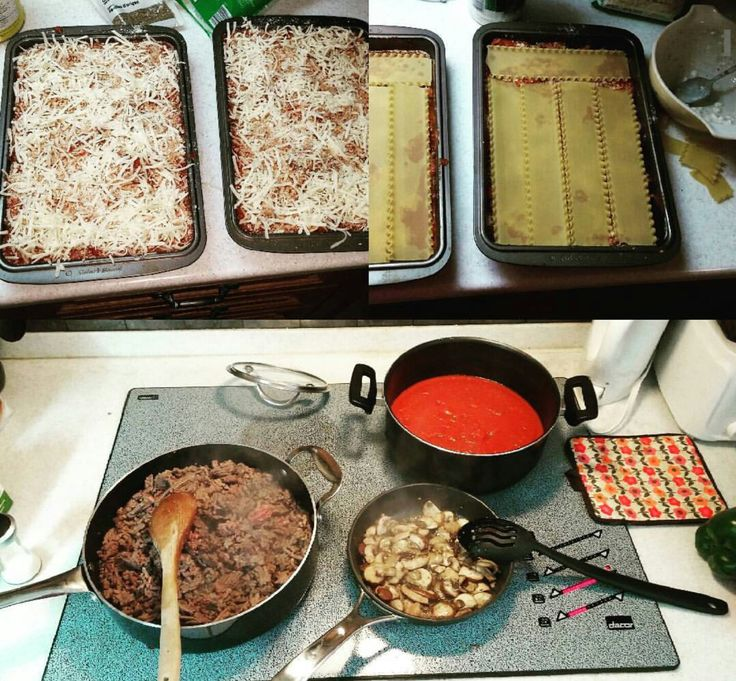 What you need: – oven ready lasagna noodles – 2 large cans of tomato sauce – 2 cans of crushed tomatoes – sliced mushrooms – green and red bell peppers – ground …