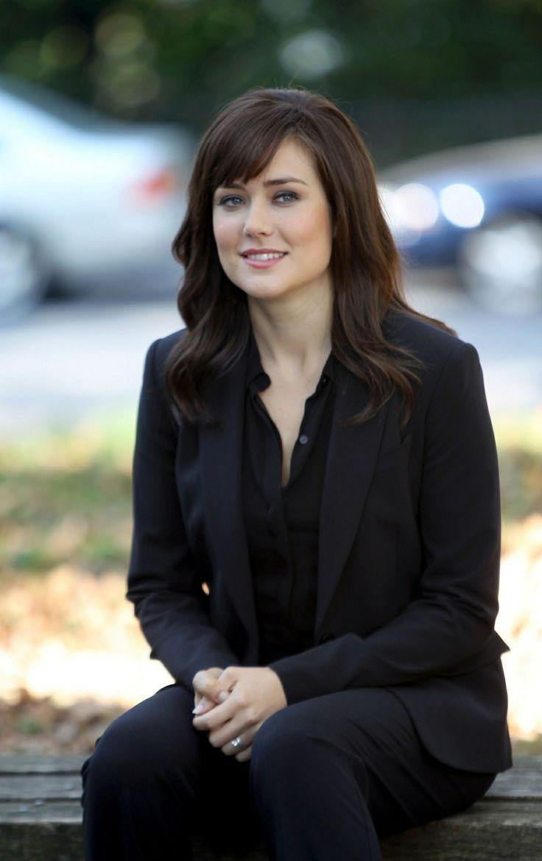 Elizabeth Keen - Megan Boone - The Blacklist TV Series 2013