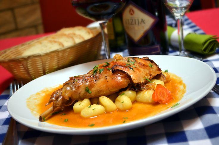 Lunch menu - Roasted rabbit thigh, gnocchi