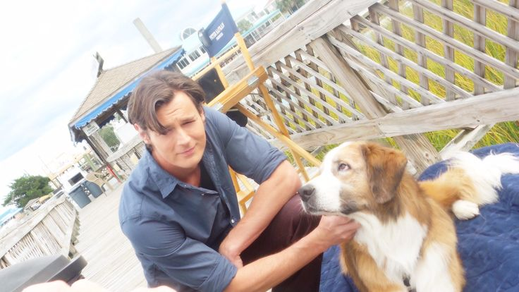 """Hanging on set with my new best friend Moby!! #TheChoice"" - Benjamin Walker   Check out Travis and his four-legged buddy!"