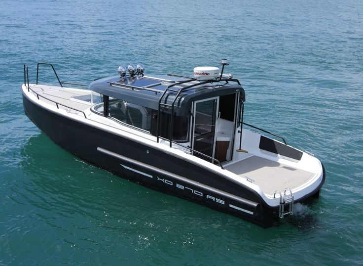 XO 270 RS Front Cabin