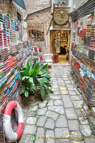 ~Libreria Acqua Alta, a unique book store in Venice, Italy. I'd love to visit this
