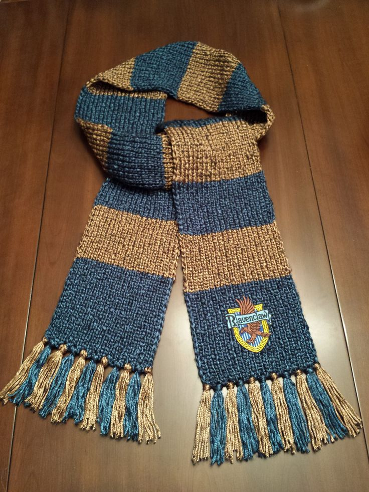 Harry Potter Ravenclaw House Scarf (book colours: blue and bronze) - Style 2