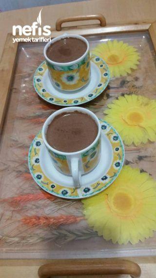 Sıcak Çikolata Tadında Kahve