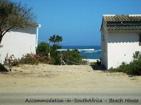 Beach House Accommodation. http://www.accommodation-in-southafrica.co.za/NorthernCape/PortNolloth/BeachHouseAccommodation.aspx