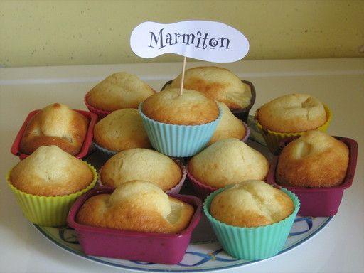 Muffins ananas/lait de coco - ultra délicieux! mettre 100g de sucre au lieu de 140g, ça suffit amplement.