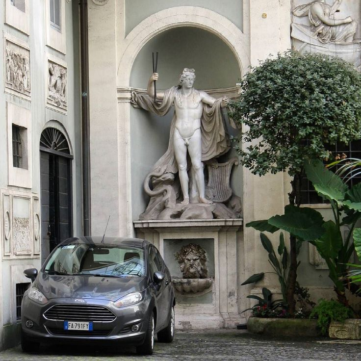 Rome, Italy/ Impressive streets of Rome. Few people can boast of such a garage