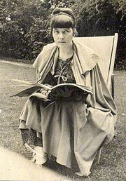 Kathleen Mansfield Murry-- (14 October 1888 – 9 January 1923) was a prominent New Zealand modernist short story writer who was born and brought up in colonial New Zealand and wrote under the pen name of Katherine Mansfield. At 19, Mansfield left New Zealand and settled in the United Kingdom, where she became a friend of modernist writers such as D.H. Lawrence and Virginia Woolf. In 1917 she was diagnosed with extrapulmonary tuberculosis, which led to her death at the age of 34.