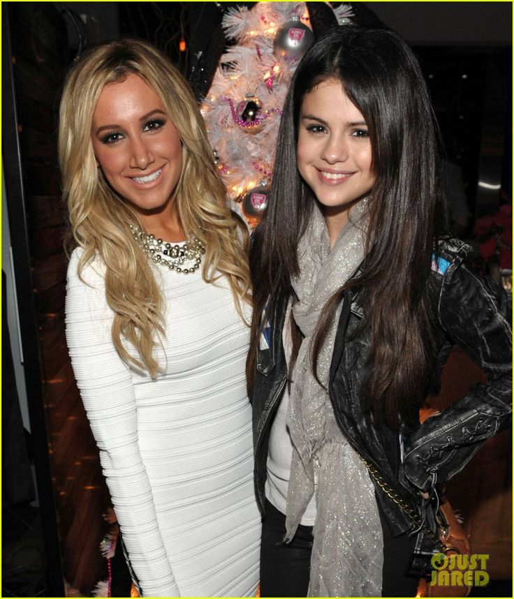 ashley tisdale with selena gomez | Ashley Tisdale & Selena Gomez: Blondie Girl Holiday Party ...