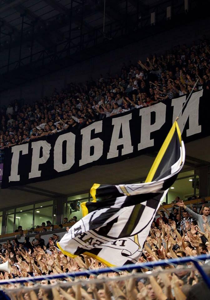 Grobari (KK Partizan - Budivelnik 05-12-2013)
