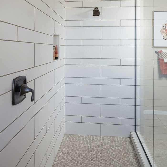 Arizona Tile Smooth White Gloss Pattern Using Both Field Tiles 4x24 And 8x24 This Is Matte So You Bathroom Shower Walls Shower Wall Tile Shower Tile Patterns