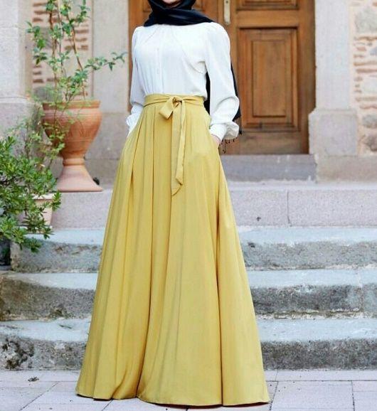 حجابي .. تنورة ماكسي اصفر باستيل وقميص ابيض