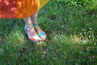 Que pensez-vous des jolies #sandales arc-en-ciel #babou de bliss cocotte ?