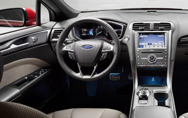 2018 Ford Fusion Coupe Interior