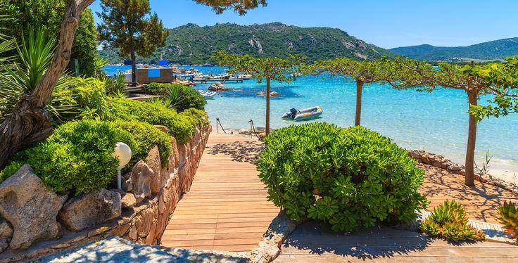 In Meinen Korsika Tipps stelle ich euch die schönsten Strände, den schwersten Fernwanderwege Europas und die schönsten Sehenswürdigkeiten der Insel vor.