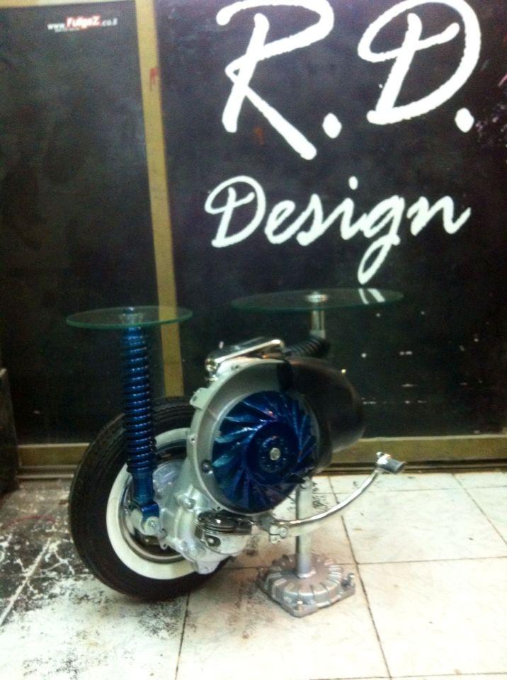 R.d design table
