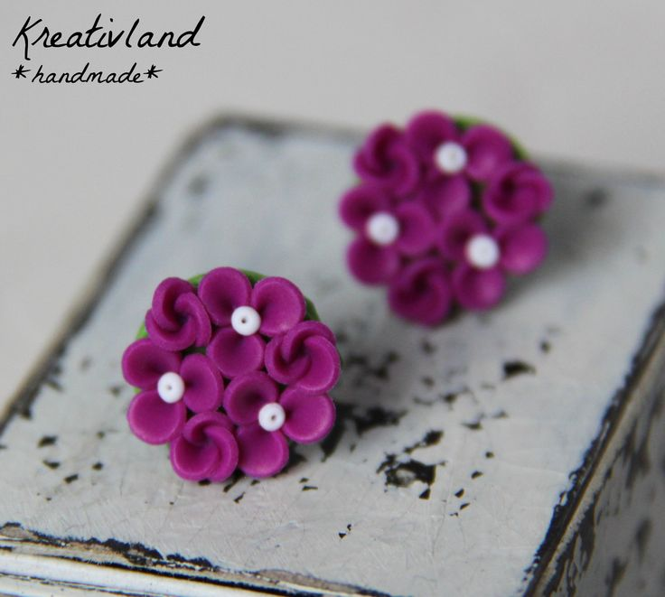 Flower dots - handcrafted from polymer clay (own design)
