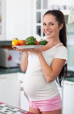 Kelly Caresse | Zwangerschap en voeding - Kelly Caresse