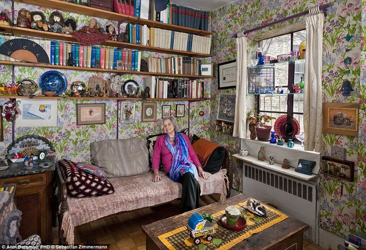https://karnacologynew.files.wordpress.com/2016/05/1414121345658_wps_20_06_sz_anni_bergman_page10-kitschy-anni-bergman-phd-reclines-in-her-colorful-office-decorated-with-a-variety-of-quilts-dolls-fans-and-eclectic-decorationsc2a0.jpg