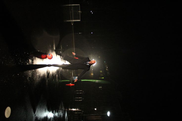 Burgemeester Staatsen bij de opening van het teerveldje 2014