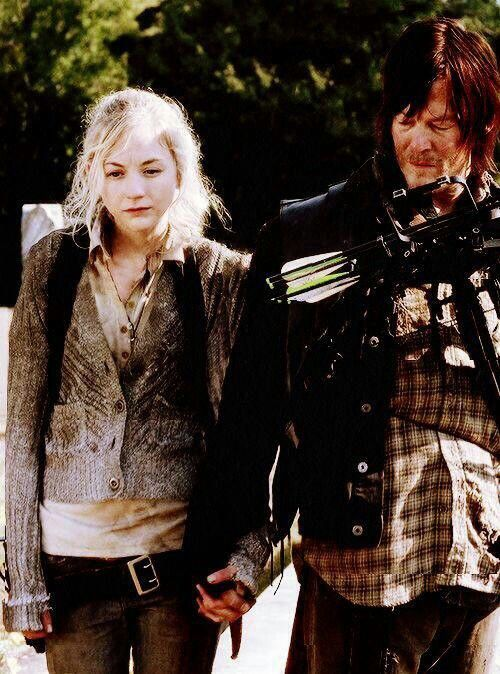BETH AND DARYL IN SEASON 4. THIS EPISODE WARMED MY HEART WITH DARYL - BEING VULNERABLE IN SHARING HIS EMOTION'S WITH BETH.