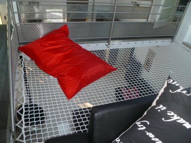 un de nos filets pour habitation fabriqu sur mesure. Black Bedroom Furniture Sets. Home Design Ideas