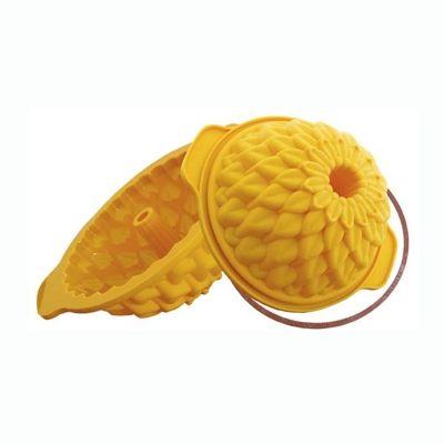 Forma DAHLIA. Diam. 180 mm. Cor amarela. Para bolos, pudins, gelatinas, etc. Com volume de 1,3 litros. Com anel de segurança. http://monteluce.com.br/silikomart/forma-dahlia-diam-180-mm-cor-amarela-para-bolos-pudins-gelatinas-etc-com-volume-de-1-3-litros-com-anel-de-seguranca?page=2 #decor #decorar #decoracao #casa #monteluce #decoracaodeinteriores #festa #casamento #thisisliving #casa #decor  #silikomart #silicone #utensílios #formadesilicone #forma #dahlia http://monteluce.com.br