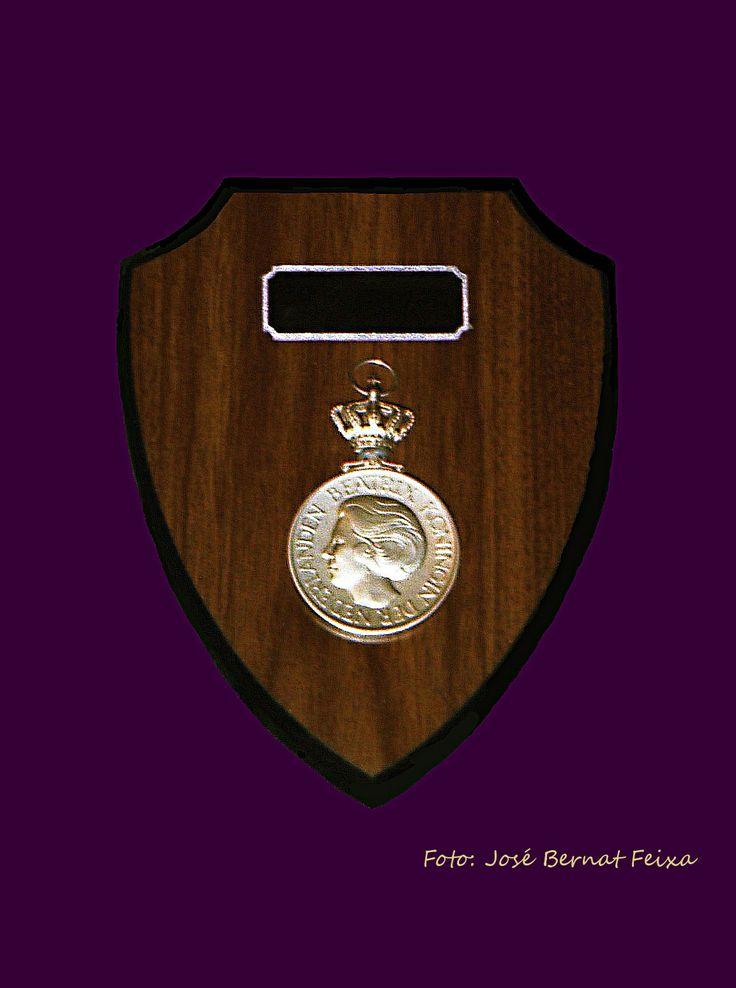 Koninklijke Erepenning voor het Zeister Mannenkoor in 1992, t.g.v. het 100-jarig bestaan.