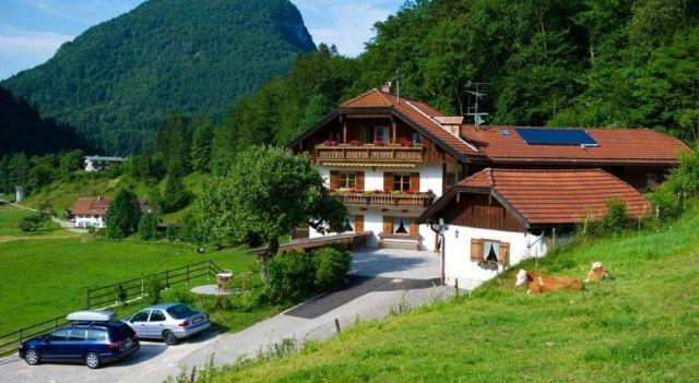 Ferienwohnungen Vogelrast - #Apartments - $55 - #Hotels #Germany #Berchtesgaden http://www.justigo.co.in/hotels/germany/berchtesgaden/ferienwohnungen-vogelrast_201927.html