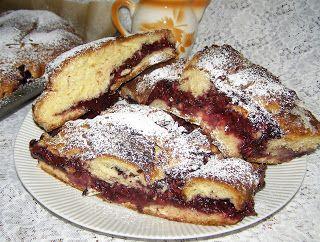 W Mojej Kuchni Lubię.. : ciasto drożdżowe na żółtkach z kisielowym nadzieni...