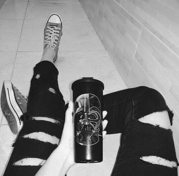 #starwars #legs #jeans #allstar #converse #tupperware