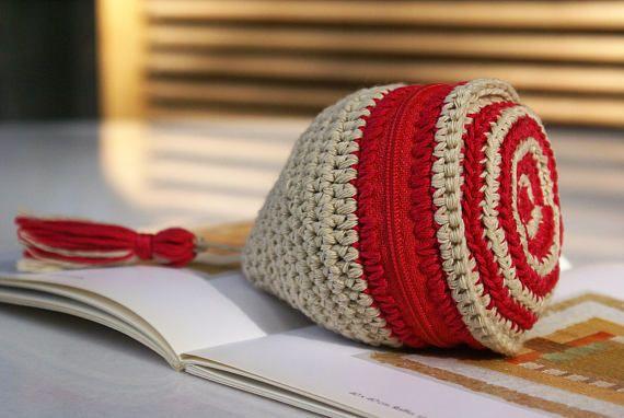 Cute Coin Purse Handmade Zipper Crochet Coin Purse Red White