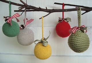 mousehouse: crochet christmas decorations